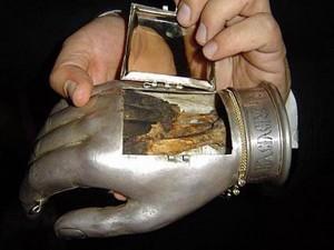 Десная рука святителя Василия Великого.